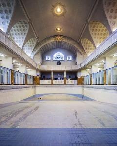Piscine Bains de Strasbourg - Stasbourg (67) - architecture photographie arnaud chochon piscine vide france