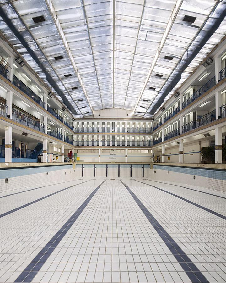 Piscine Pontoise - Paris 5ème -architecture photographie arnaud chochon piscine vide france