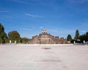Piscine Nakache été Toulouse architecture photographie arnaud chochon piscine vide france